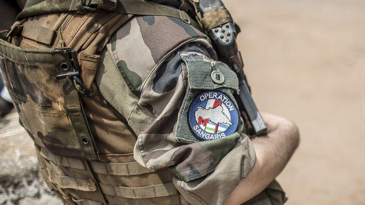Un soldat français de l'opération Sangaris, le 4 juin 2014, à Bangui (Centrafrique). (MARCO LONGARI / AFP)