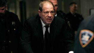 Harvey Weinstein à l'arrivée à l'audience au tribunal de New York, le 16 janvier 2020. (SCOTT HEINS / GETTY IMAGES NORTH AMERICA / AFP)