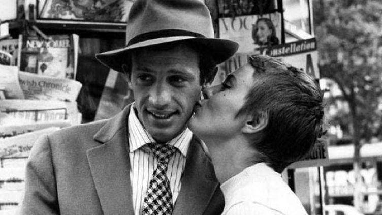 """Jean-Paul Belmondo et Jean Seberg dans le film de Jean-Luc Godard, """"A bout de souffle"""" sorti en 1960  (Raymond Cauchetier)"""