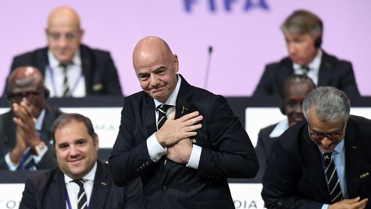 Gianni Infantino réagit après l'annonce de sa réélection à la tête de la Fifa, le 5 juin 2019, àParis. (FRANCK FIFE / AFP)