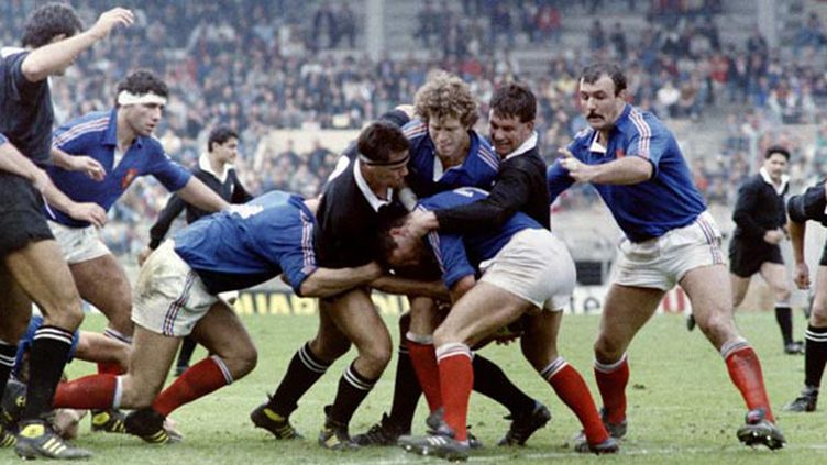 La France contre les All Blacks en 1986 (STAFF / AFP)