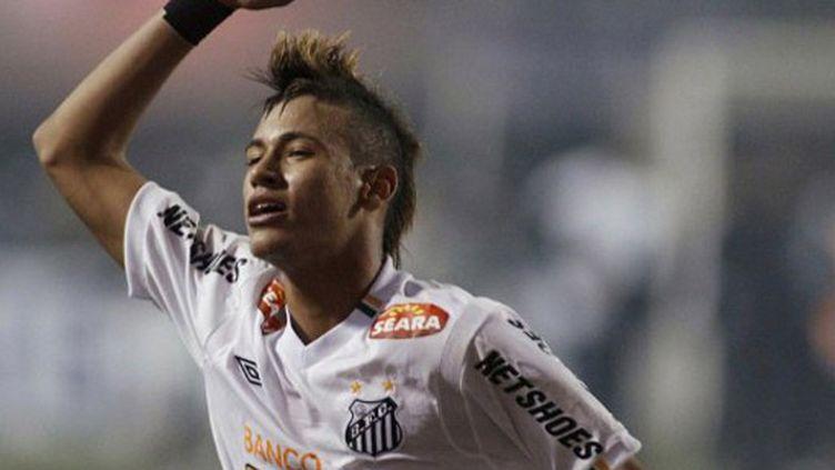 L'attaquant de Santos, Neymar