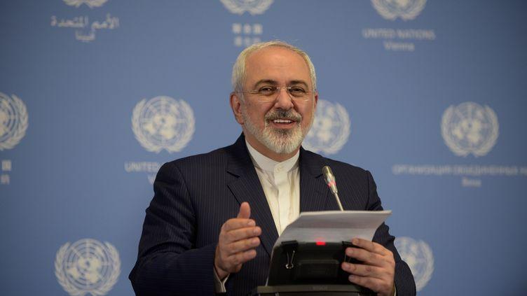 Le ministre des Affaires étrangères de l'Iran,Mohammad Javad Zarif, à Vienne (Autriche), le 16 janvier 2016. (HASAN TOSUN / ANADOLU AGENCY / AFP)