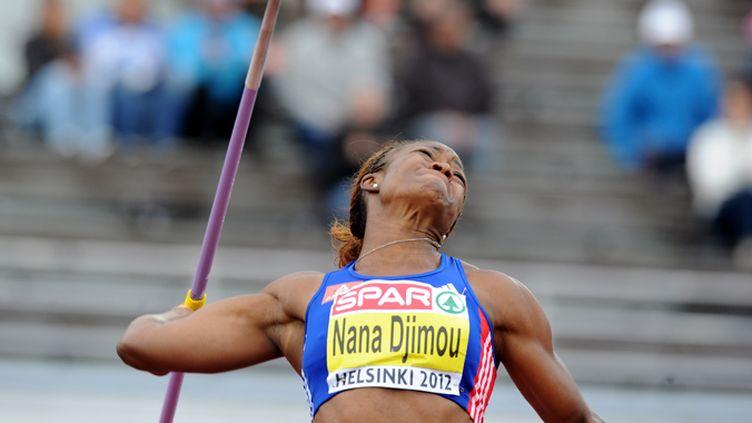 Antoinette Nana Djimou lance le javelot