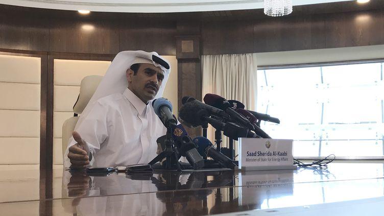 Le ministre qatari de l'Energie, Saad Sherida Al-Kaabi, lors d'une conférence de presse à Doha, le 3 décembre 2018. (ANNE LEVASSEUR / AFP)