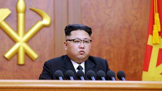 Le dirigeant nord-coréen Kim Jong-un lors d'un discours à Pyongyang, le 1er janvier 2017. (KCNA VIA KNS / AFP)