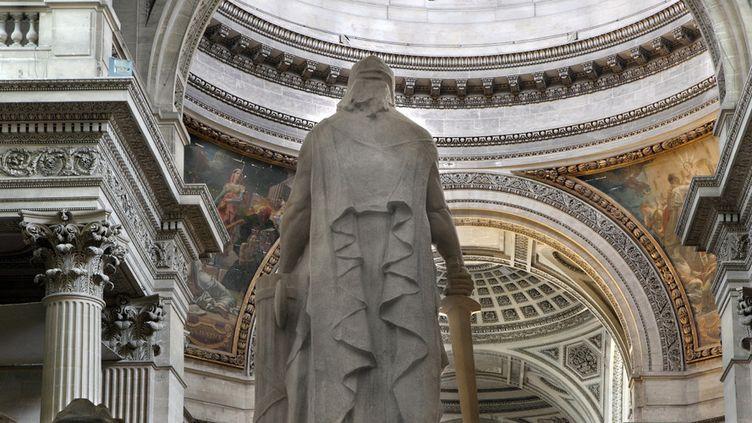 À l'intérieur du Panthéon, une statue à la gloire de la Convention nationale (1920), signée François Léon Sicard  (Manuel Cohen / AFP)