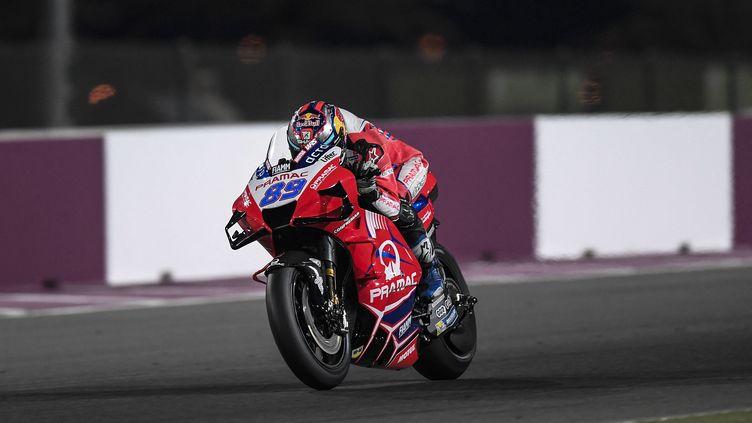 Jorge Martin (Pramac) lors des essais d'avant-saison sur le circuit de Losail, au Qatar, le 6 mars 2021 (GIGI SOLDANO / STDIO)