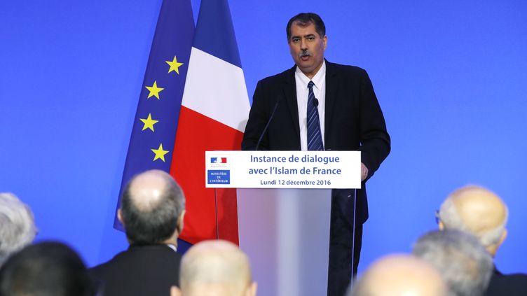Anouar Kbibech, président du Conseil français du culte musulman, le 12 décembre 2016 à Paris. (FRANCOIS GUILLOT / AFP)