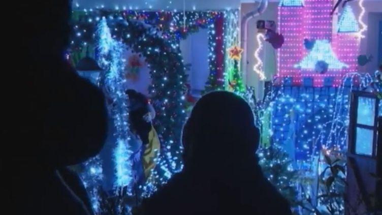 Illuminations de Noël chez un partiulier en Meurthe-et-Moselle. (FRANCE 2)