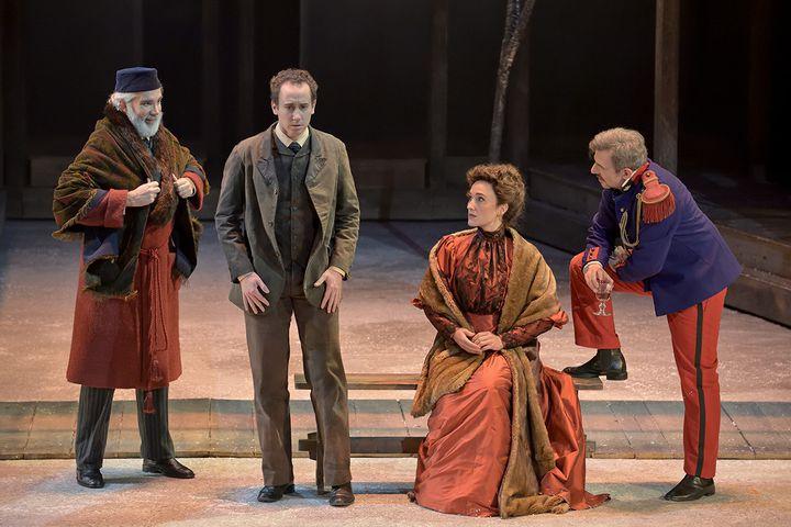 """""""Fortunio"""" à l'Opéra Comique :Franck Leguérinel (Maître André), Cyrille Dubois (Fortunio), Anne-Catherine Gillet (Jacqueline) et Jean-Sébastien Bou (Clavaroche). (STEFAN BRION)"""
