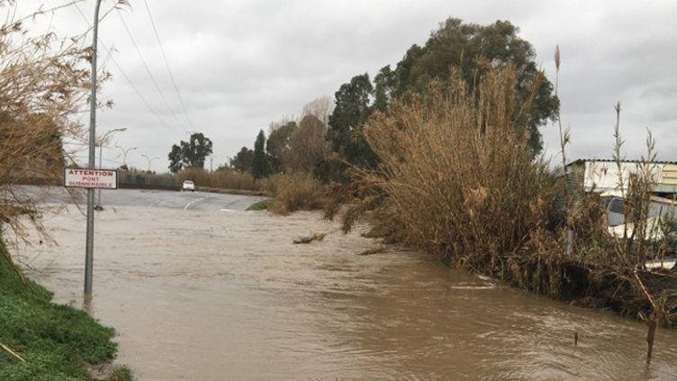 (La Corse en alerte orange pluies inondations  © Radio France)