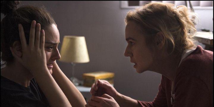 L'incompréhension entre une mère (Sandrine Bonnaire) et sa fille radicalisée (Noémie Merlant).  (Guy Ferrandis)