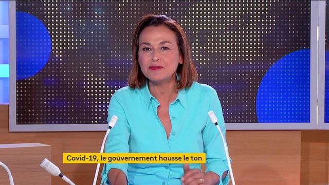 Covid-19 : Emmanuel Macron durcit le ton