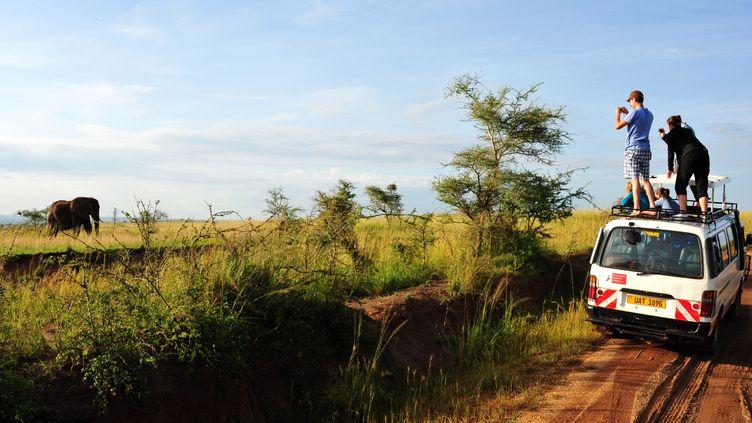 Des touristes dans le parc national de Murchinson Falls (Ouganda), enmars 2018. (Photo d'illustration) (ANTOINE LORGNIER / ONLY WORLD)