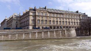 Vue extérieure du 36, quai des Orfèvres, le siège de la police judiciaire, à Paris, le 6 février 2015. (KENZO TRIBOUILLARD / AFP)