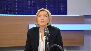 Marine Le Pen, présidente duRassemblement national, invitée de franceinfo le 13 mars 2017. (JEAN-CHRISTOPHE BOURDILLAT / RADIO FRANCE)