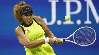 Naomi Osaka au premier tour de l'US Open, lundi 30 aoput, face à Marie Bouzkova. (SARAH STIER / GETTY IMAGES NORTH AMERICA / AFP)