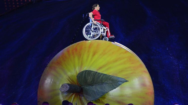 La pomme d'Isaac Newton (LEON NEAL / AFP)