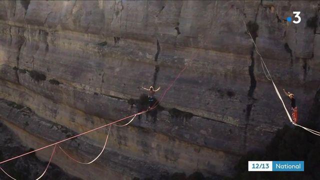 """Gard : les funambules de l'extrême pratiquent la """"highline"""""""