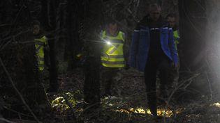 L'affaire est un casse-tête pour les enquêteurs qui travaillent maintenant sur une zone de 300 km qui s'étend de la Loire Atlantique au Finistère.  (FRED TANNEAU / AFP)