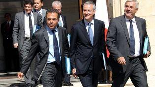 Brochette de ministres masculins, dont Luc Chatel, Bruno Le Maire et François Sauvadet (PIERRE VERDY / AFP)