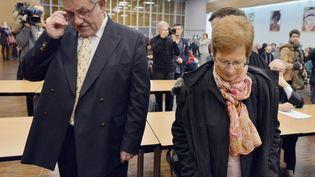 L'ex-maire de la Faute-sur-mer (Vendée)René Marratier et son ex-adjointe à l'urbanisme, Françoise Babin, le 12 décembre 2014 aux Sables d'Olonne,lors du verdict de leur procès pour la mort de 29 personnes lors du passage de la tempête Xynthia en 2010. (GEORGES GOBET / AFP)