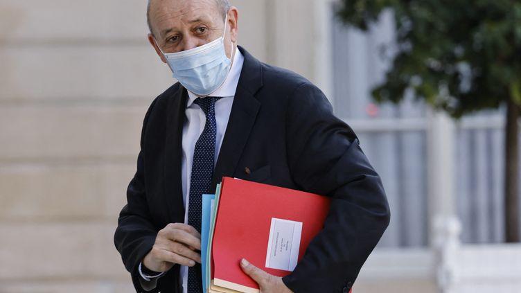 Le ministre des Affaires étrangères, Jean-YvesLe Drian, à l'Elysée le 19 juillet 2021. (LUDOVIC MARIN / AFP)