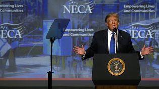 Donald Trump, le 2 octobre 2018, àPhiladelphie (Pennsylvanie). (MARK MAKELA / GETTY IMAGES NORTH AMERICA / AFP)