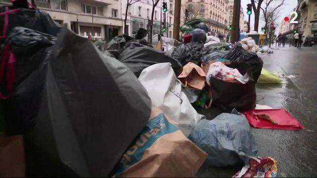 Grève contre la réforme des retraites : avec les incinérateurs  à l'arrêt, les poubelles débordent à Paris