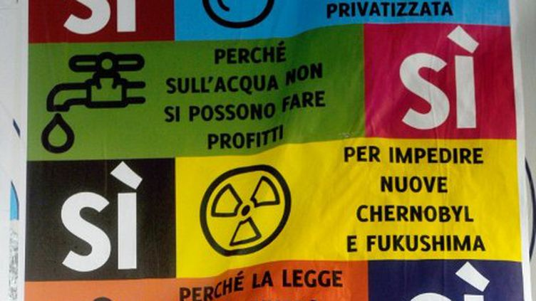 Affiche pour le référendum sur le nucléaire (Italie, juin 2011) (OLIVIER MORIN / AFP)