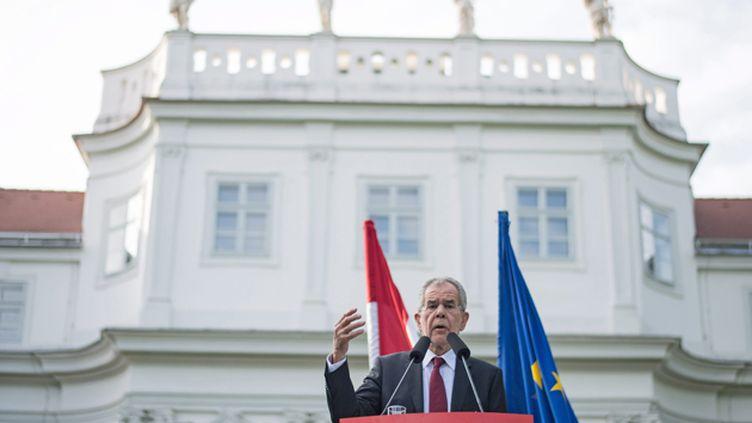 (Le premier discours à Vienne du président élu Alexander Van der Bellen © MaxPPP)