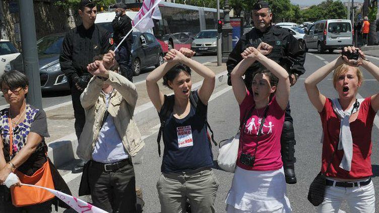 Des manifestants anti-mariage pour tous