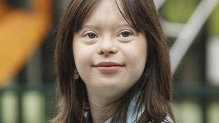 Cette photo non datée, publiée le 8 mars 2017 parl'association Unapei, représente Mélanie Segard, une jeune femme trisomique de 21 ans. (HANDOUT / UNAPEI/GLORYPARIS)
