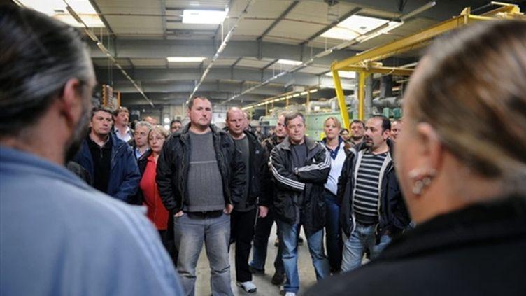 Salariés de Sodimatex en assemblée générale dans le hall de l'usine de Crépy-en-Valois (Oise) (AFP - Boris HORVAT)