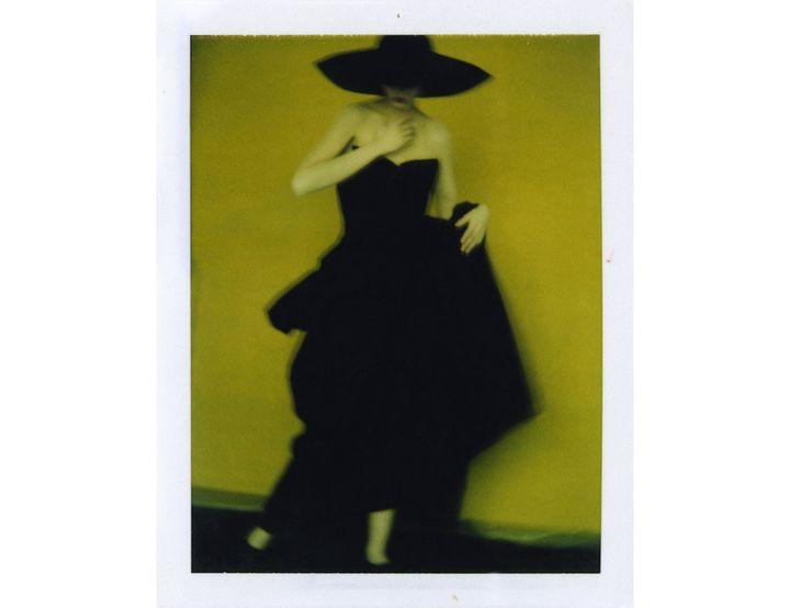 Sarah Moon, Pour Yohji Yamamoto, 1996 (© Sarah Moon)
