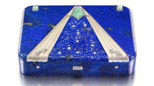 """Exposition """"Objets précieux Art Déco de la collection du Prince et de la Princesse Sadruddin Aga Khan"""" :Boîte Van Cleef & Arpels, Paris, 1928, fabriqué par Strauss Allard & Meyer  (Doug Rosa)"""