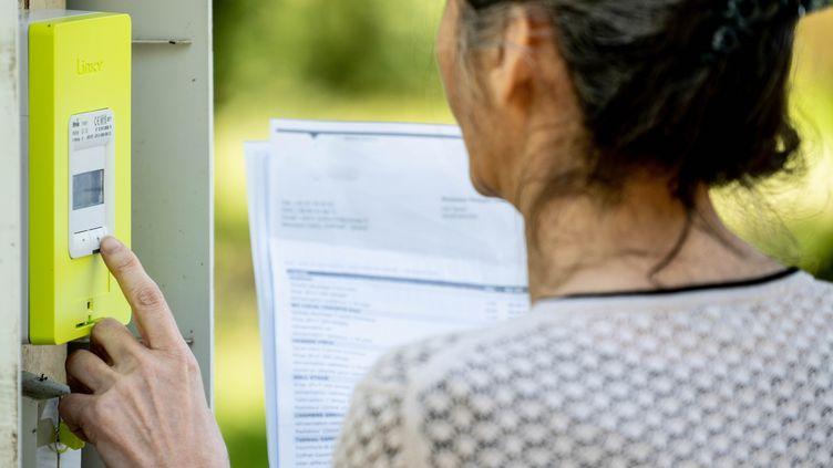 Un compteur Linky à Bouzic (Dordogne), le 6 juin 2019. (GARO / PHANIE / AFP)