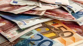 Un couple a été crédité par erreur de 20 millions d'euros par sa banque (photo d'illustration). (BERNARD JAUBERT / ONLY FRANCE / AFP)