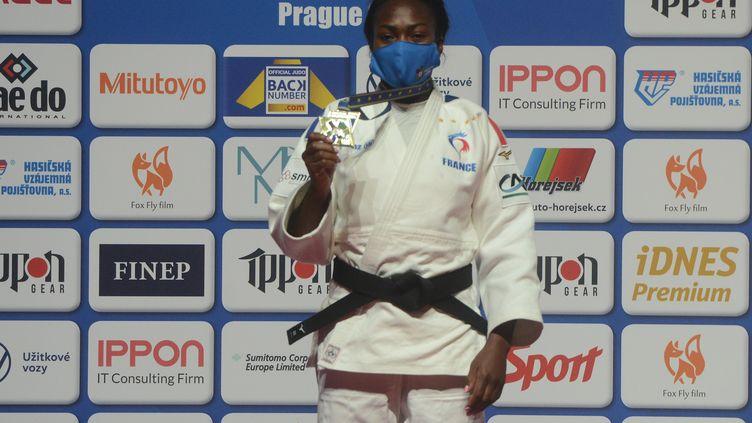 Clarisse Agbegnenou a remporté son cinquième titre de championne d'Europe à Prague (MICHAL CIZEK / AFP)