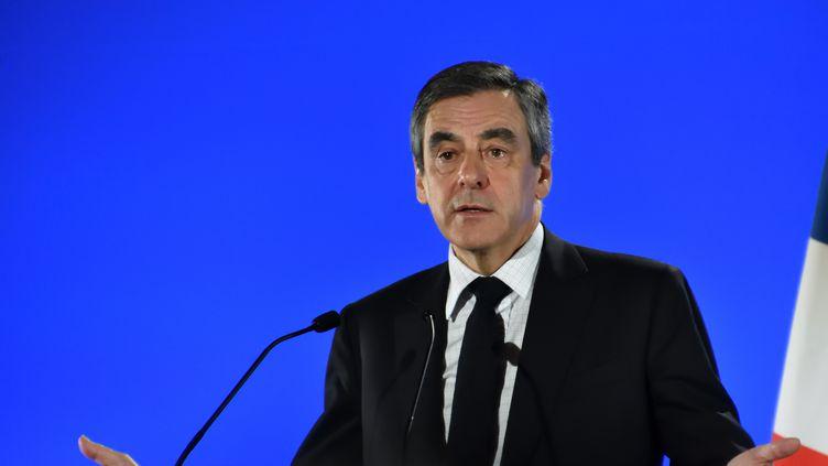 François Fillon, le 11 avril 2017 à Marseille. (GERARD BOTTINO / CROWDSPARK / AFP)