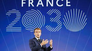 Emmanuel Macron présente le plan d'investissement France 2030, le 12 octobre 2021, à l'Elysée. (LUDOVIC MARIN / AFP)