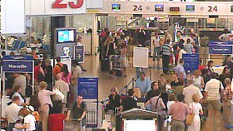 Les scanners corporels pourraient faire leur apparition prochainement dans les aéroports britanniques.