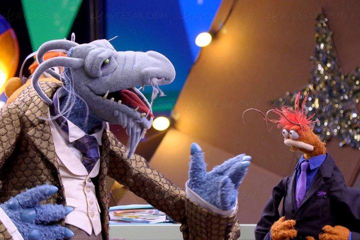 """Oncle Deadly et Pépé la crevette royale dans """"Le Nouveau Muppet Show"""". (Disney+)"""