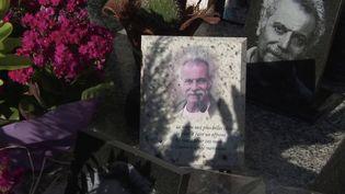 """Georges Brassens : sa dernière demeure sétoise, un """"cimetière des pauvres"""" face à l'étang. (FRANCE 3)"""