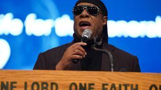 Le chanteur et musicien américain Stevie Wonder lors des funérailles du congressman John Conyers Jr le 4 novembre 2019 à Detroit (Etats-Unis). (DETROIT FREE PRESS/TNS/SIPA USA/SIPA / SIPA USA)