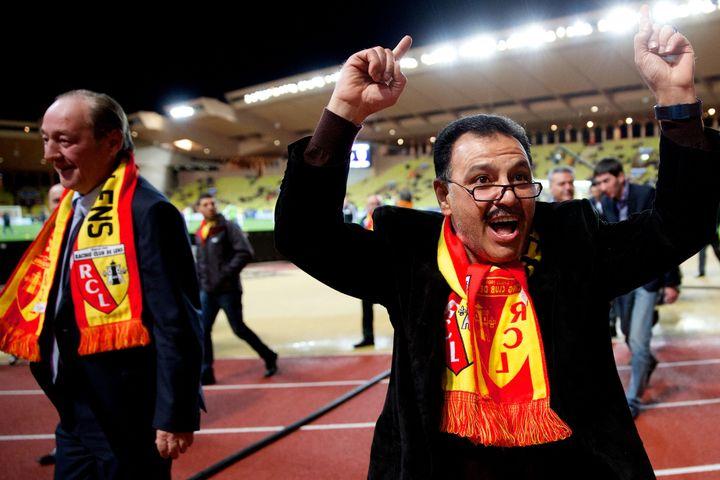 Le président du RC Lens, Gervais Martel (à gauche), et l'actionnaire principal du club, Hafiz Mammadov, le 26 mars 2014 à Monaco. (  MAXPPP)
