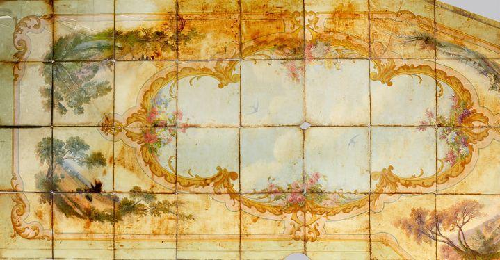 Plafond de boulangerie, panneaux de toile peinte marouflée sur carreaux de verre  (Maison Lucien)