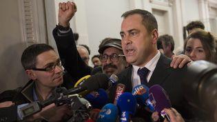 Rob Lawrie devant le tribunal de grande instance de Boulogne-sur-Mer (Pas-de-Calais), le 14 janvier 2016. (RICK FINDLER / EPA / MAXPPP)