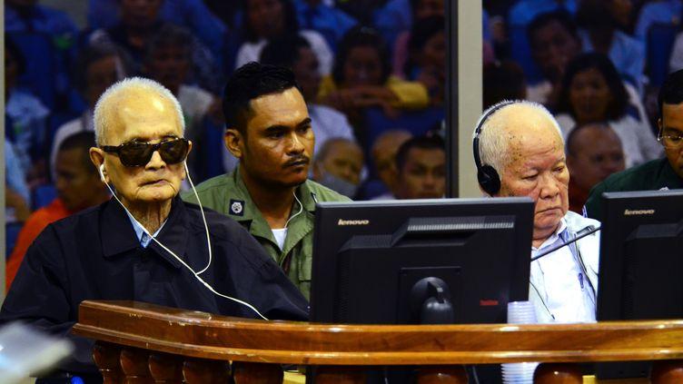 Lesdeux plus hauts dirigeants khmers rouges encore en vie ont vu leur condamnation à vie confirmée en appel par un tribunal de Phnom Penh (Cambodge), le 23 novembre 2016. (AFP)